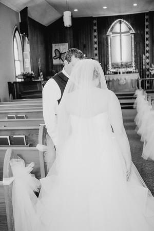 00670--©ADHPhotography2018--MorganBurrellJennaEdwards--Wedding--2018April21