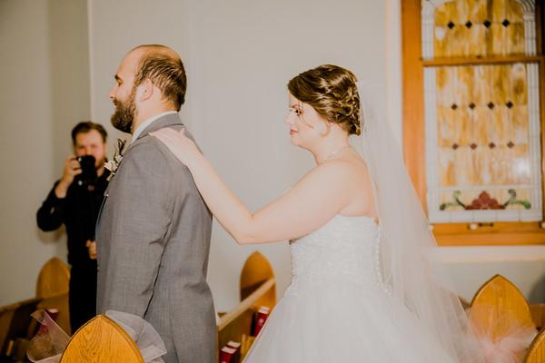 00733--©ADHPhotography2018--MorganBurrellJennaEdwards--Wedding--2018April21
