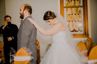 00735--©ADHPhotography2018--MorganBurrellJennaEdwards--Wedding--2018April21