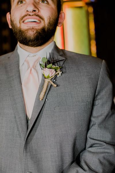 02079--©ADHPhotography2018--MorganBurrellJennaEdwards--Wedding--2018April21