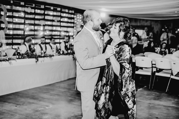 04206--©ADHPhotography2018--MorganBurrellJennaEdwards--Wedding--2018April21