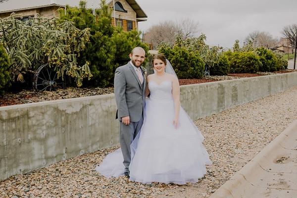 00825--©ADHPhotography2018--MorganBurrellJennaEdwards--Wedding--2018April21