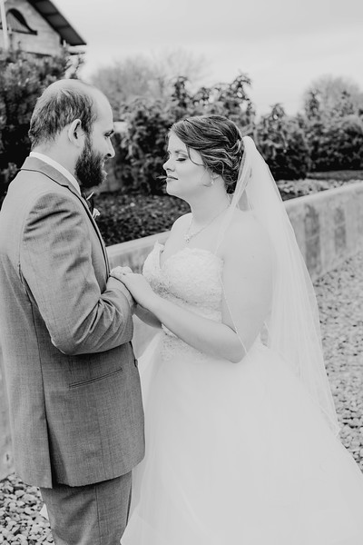 00834--©ADHPhotography2018--MorganBurrellJennaEdwards--Wedding--2018April21