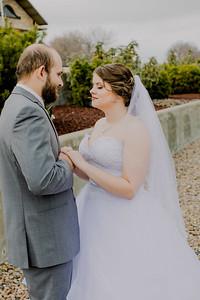 00833--©ADHPhotography2018--MorganBurrellJennaEdwards--Wedding--2018April21