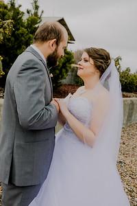 00831--©ADHPhotography2018--MorganBurrellJennaEdwards--Wedding--2018April21