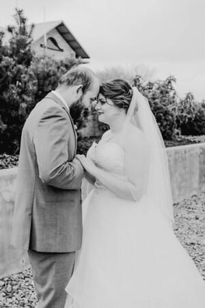 00838--©ADHPhotography2018--MorganBurrellJennaEdwards--Wedding--2018April21