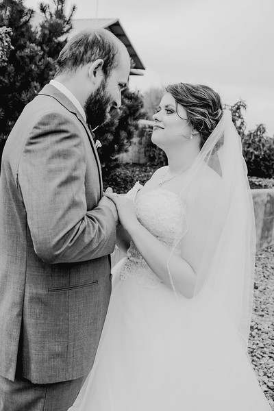 00830--©ADHPhotography2018--MorganBurrellJennaEdwards--Wedding--2018April21