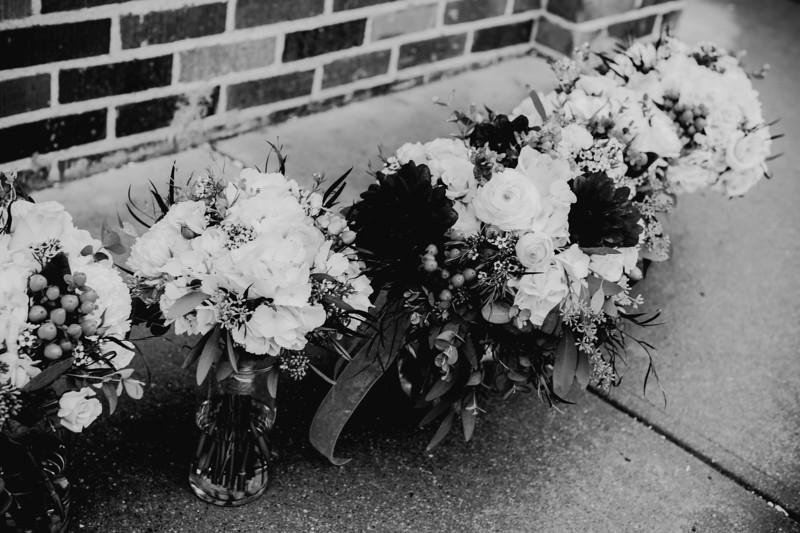 00212--©ADHPhotography2018--MorganBurrellJennaEdwards--Wedding--2018April21
