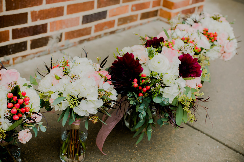 00209--©ADHPhotography2018--MorganBurrellJennaEdwards--Wedding--2018April21