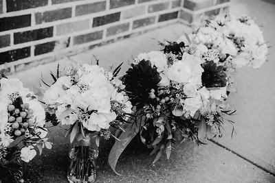 00210--©ADHPhotography2018--MorganBurrellJennaEdwards--Wedding--2018April21