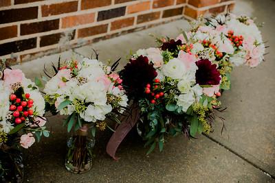 00211--©ADHPhotography2018--MorganBurrellJennaEdwards--Wedding--2018April21