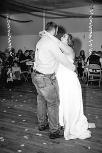 05246--©ADHPhotography2017--ClintBeguinShelbyCook--Wedding
