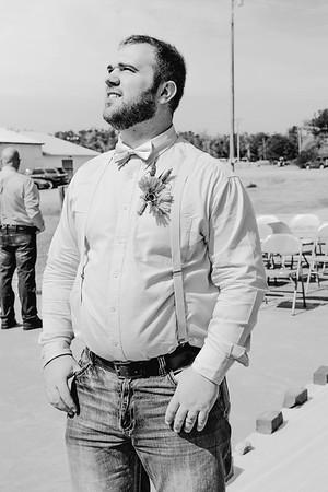00694--©ADHPhotography2017--ClintBeguinShelbyCook--Wedding