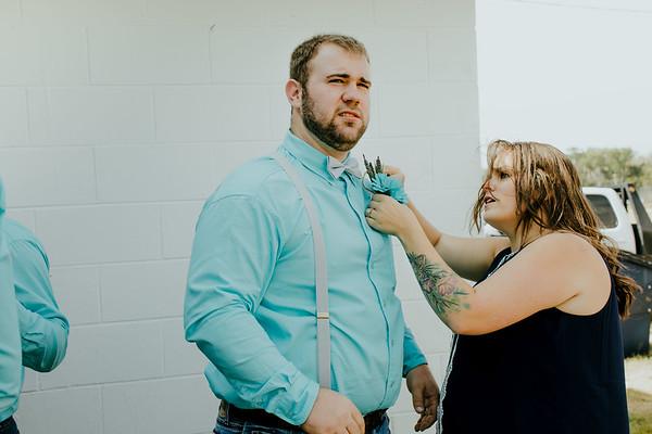 00601--©ADHPhotography2017--ClintBeguinShelbyCook--Wedding