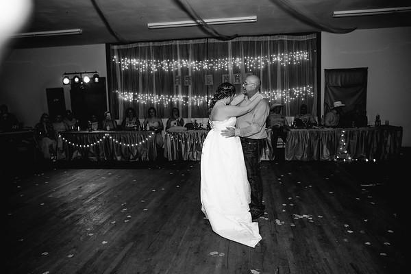 05348--©ADHPhotography2017--ClintBeguinShelbyCook--Wedding