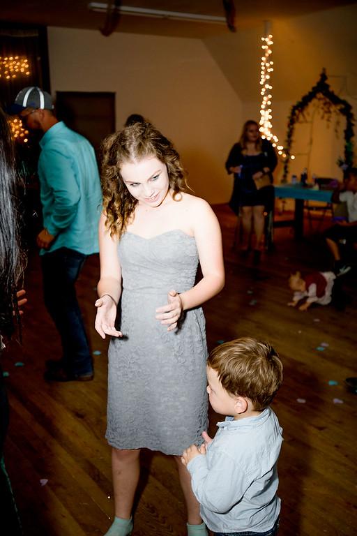 05587--©ADHPhotography2017--ClintBeguinShelbyCook--Wedding