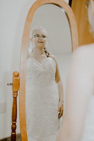 00205--©ADHPhotography2017--HeathBrownReneeFelber--Wedding