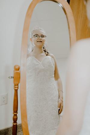 00209--©ADHPhotography2017--HeathBrownReneeFelber--Wedding