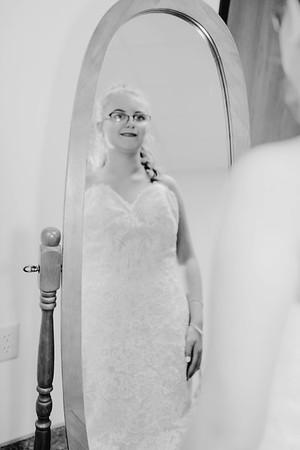 00206--©ADHPhotography2017--HeathBrownReneeFelber--Wedding