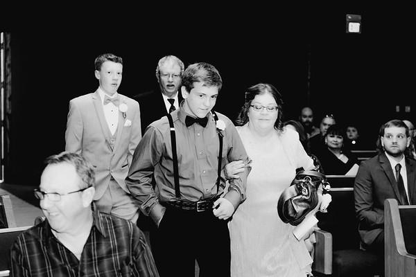 02236--©ADHPhotography2017--HeathBrownReneeFelber--Wedding