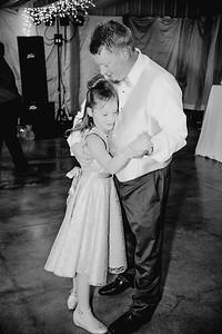 05810--©ADHPhotography2017--HeathBrownReneeFelber--Wedding