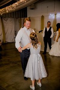 05805--©ADHPhotography2017--HeathBrownReneeFelber--Wedding