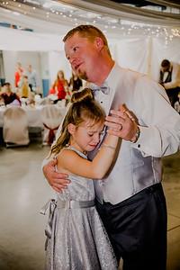 05821--©ADHPhotography2017--HeathBrownReneeFelber--Wedding