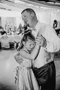 05822--©ADHPhotography2017--HeathBrownReneeFelber--Wedding