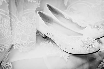 00124--©ADHPhotography2017--HeathBrownReneeFelber--Wedding