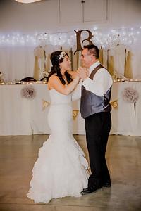06181--©ADHPhotography2017--HeathBrownReneeFelber--Wedding