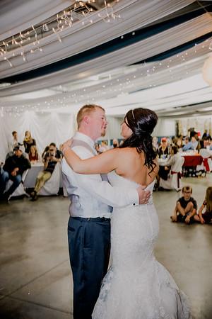 06069--©ADHPhotography2017--HeathBrownReneeFelber--Wedding
