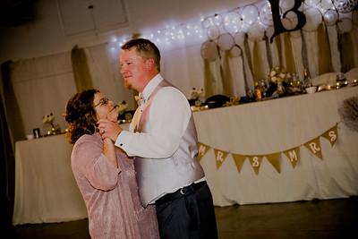 06341--©ADHPhotography2017--HeathBrownReneeFelber--Wedding