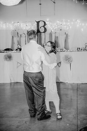 06348--©ADHPhotography2017--HeathBrownReneeFelber--Wedding
