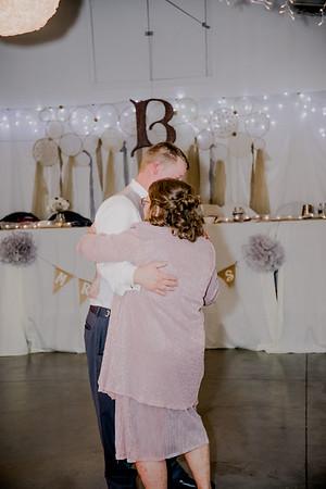 06353--©ADHPhotography2017--HeathBrownReneeFelber--Wedding