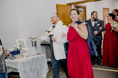 05047--©ADHPhotography2017--HeathBrownReneeFelber--Wedding