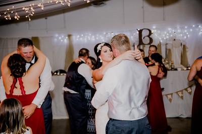 06519--©ADHPhotography2017--HeathBrownReneeFelber--Wedding