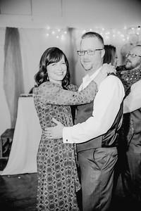 06512--©ADHPhotography2017--HeathBrownReneeFelber--Wedding