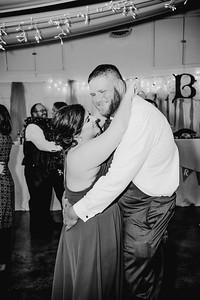 06522--©ADHPhotography2017--HeathBrownReneeFelber--Wedding