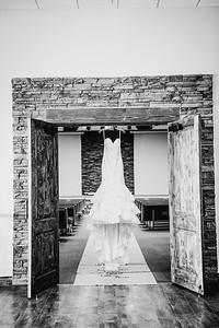 00006--©ADHPhotography2017--HeathBrownReneeFelber--Wedding