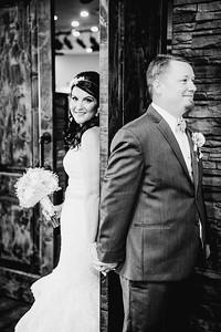 01400--©ADHPhotography2017--HeathBrownReneeFelber--Wedding