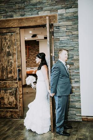 01385--©ADHPhotography2017--HeathBrownReneeFelber--Wedding