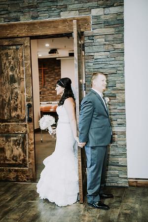 01383--©ADHPhotography2017--HeathBrownReneeFelber--Wedding