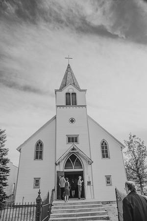 05606--©ADHPhotography2016--EasterdayBargerWedding