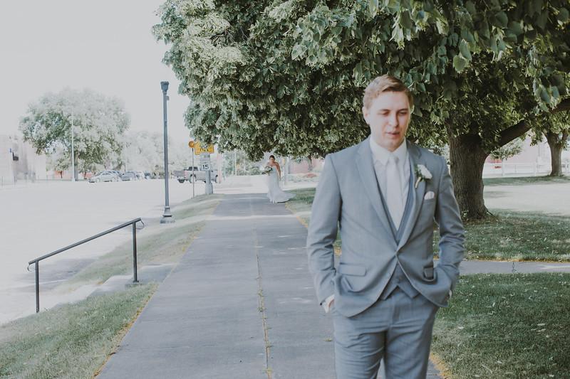 00575--©ADH Photography2017--BeauMollyFry--Wedding