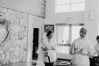 00300--©ADH Photography2017--BeauMollyFry--Wedding