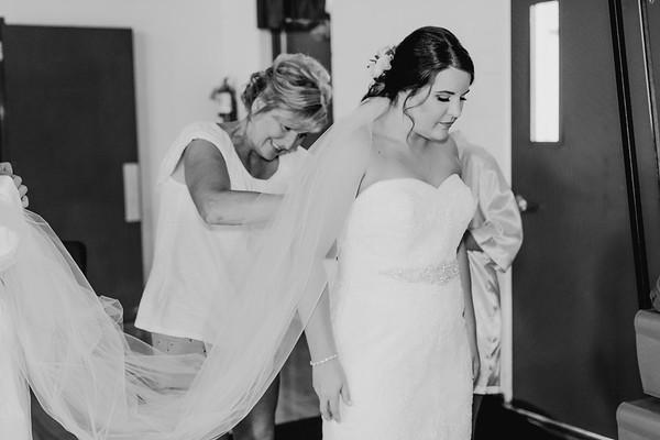 00320--©ADH Photography2017--BeauMollyFry--Wedding