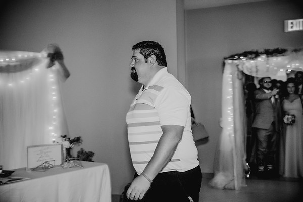 05004--©ADH Photography2017--BeauMollyFry--Wedding