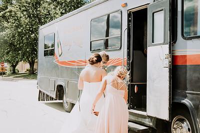 04161--©ADH Photography2017--BeauMollyFry--Wedding