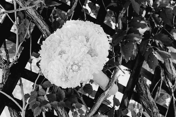 00106--©ADHPhotography2017--DerekHelmsAllisonRodriguez--Wedding
