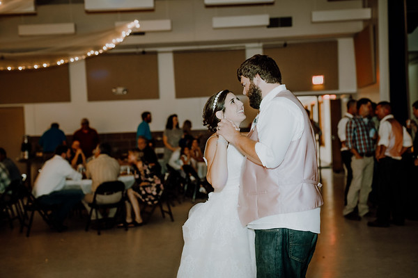 05835--©ADHPhotography2017--DerekHelmsAllisonRodriguez--Wedding